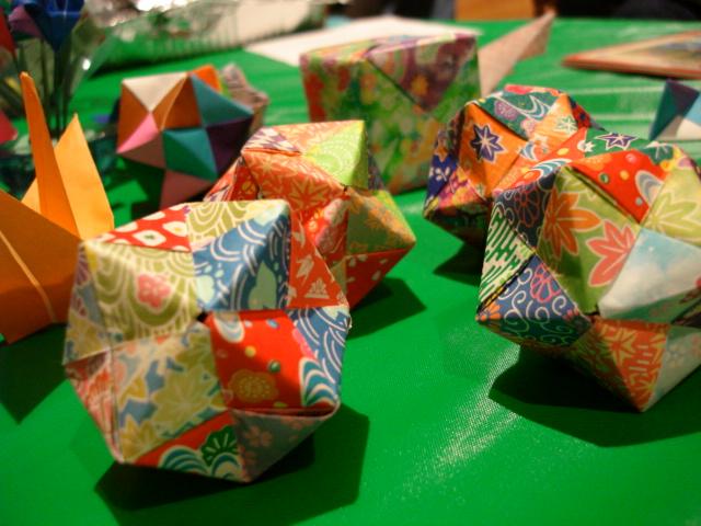 クリスマス 折り紙:風船 折り紙-hagifood.com
