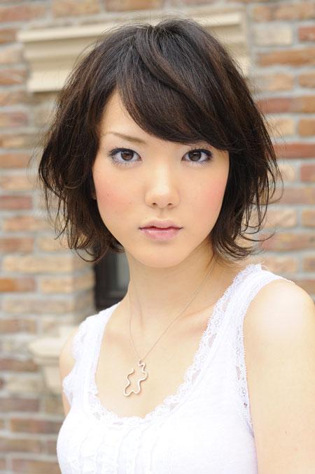 梨花 髪型 ミディアム