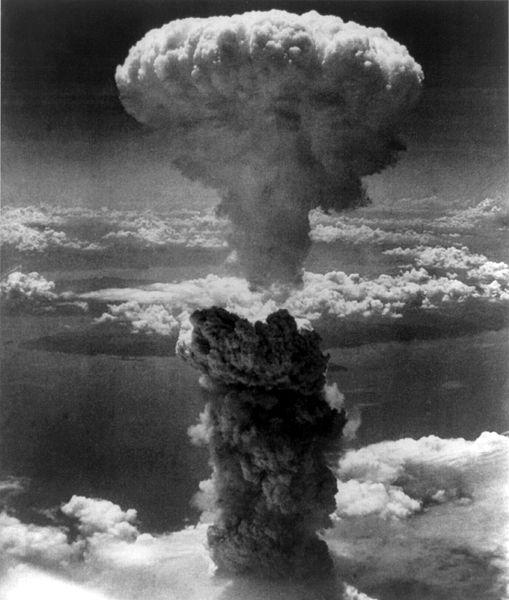 詳しい内容についてはWikipedia/長崎市への原子爆弾投下http... [再掲]長崎原爆忌