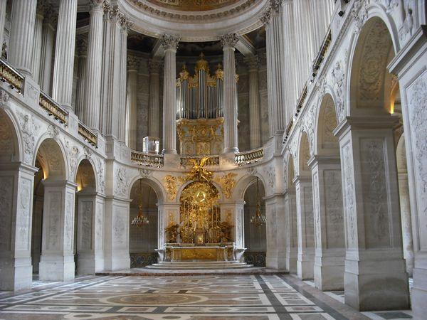 ヴェルサイユ宮殿専属ガイド(仏語または英語)の案内で2008年秋、一般... ヴェルサイユの花