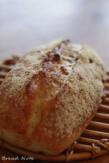 ルクエで簡単に本格パンができちゃいましたよ♪香ばしいくるみ入りのカンパー... ルクエで簡単に本
