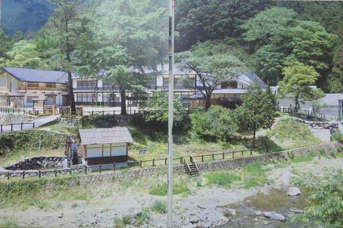 東吉野村ふるさと村キャンプ場 : 浮浪鮭