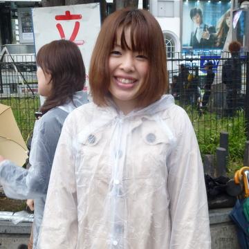 こちらに気付いて井道千尋女流初段が来てくれました13:00第一陣と交代し... 女流棋士会主催・
