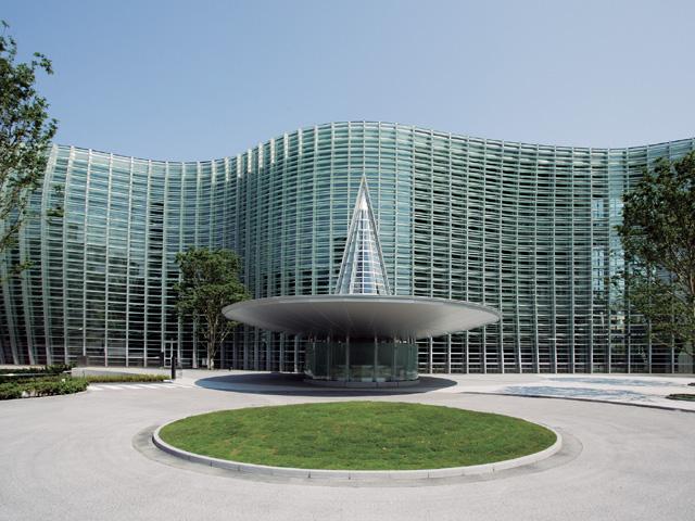 東京:新国立美術館 : 写真が一...