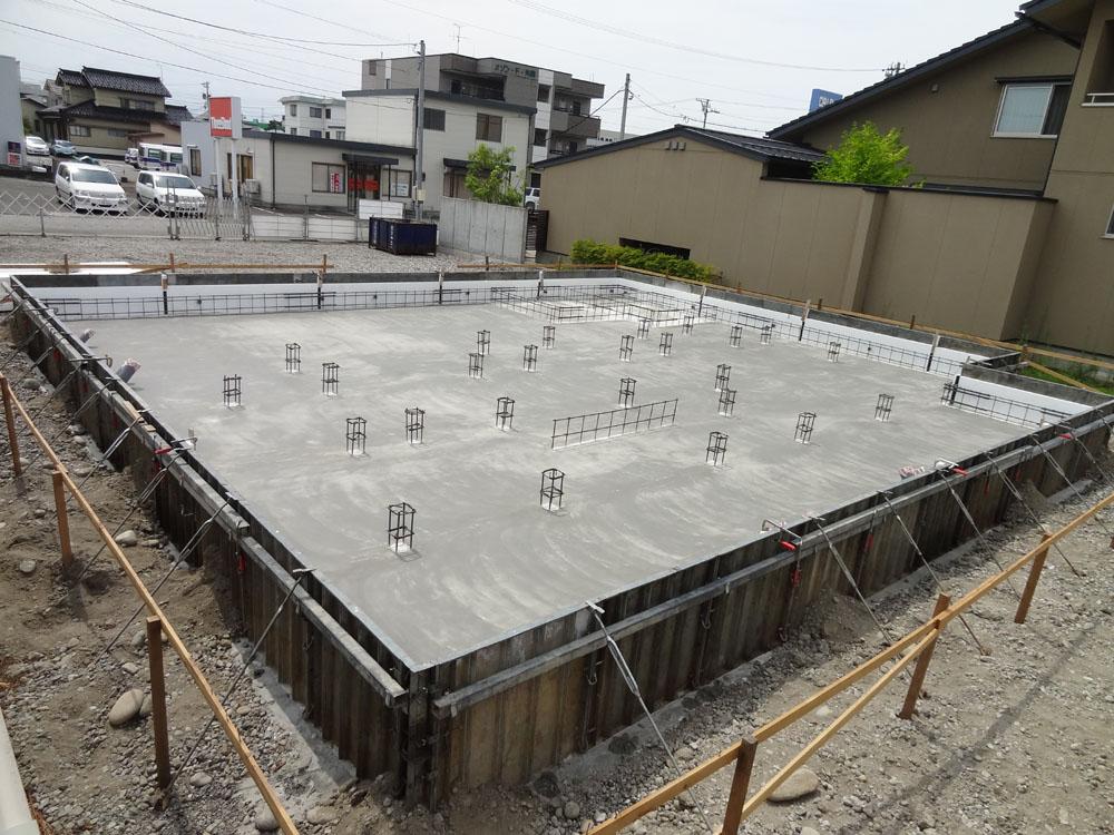 Q1住宅X3富山:基礎スラブコンクリート打ち : 家づくり西方設計