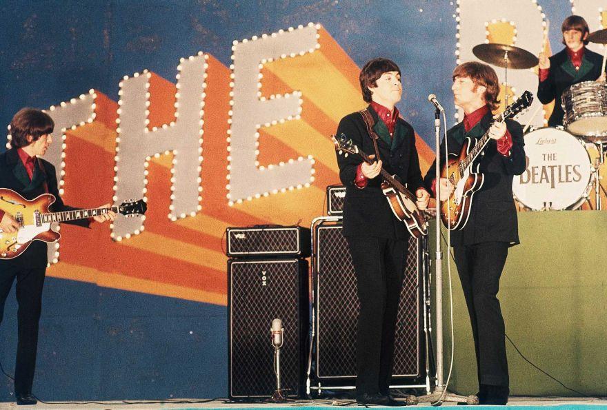 Amazoncom DAndrea Ace Vintage Reissue Guitar Strap