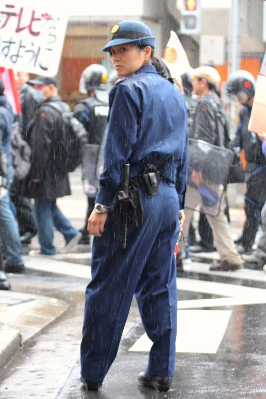 婦人警官・婦警・女性警察官xvideo>1本 YouTube動画>13本 ニコニコ動画>1本 ->画像>222枚